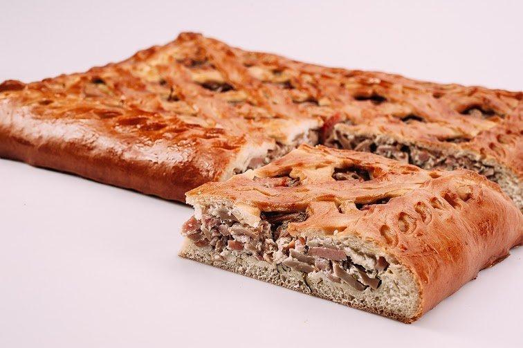 Пирог с ветчиной и грибами